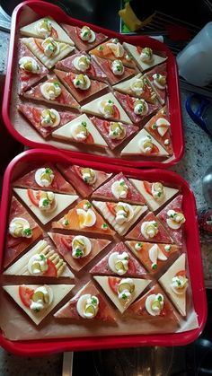 Party Finger Foods Party Snacks Appetizers For Party Appetizer Recipes Party Food Platters Plats Froids Food Garnishes Reception Food Tea Sandwiches Smoked Salmon Appetizer, Appetizer Salads, Appetizers For Party, Appetizer Recipes, Party Finger Foods, Snacks Für Party, Party Party, Fingers Food, Food Garnishes