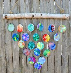 How to Make DIY Hand Painted Wind Chimes - - I recently volunteered myself to put together a class auction project for my daughter's grade class. I decided on these beautiful wind chimes, made from un… Class Auction Projects, Auction Ideas, School Projects, Class Auction Item, Preschool Auction Projects, School Ideas, Wind Chimes Craft, Collaborative Art, Personalized Ornaments