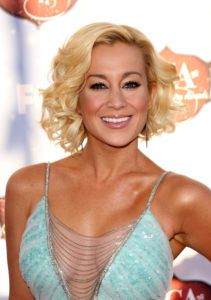 Kellie Pickler Net Worth, Annual Income, Monthly Income, Weekly Income, and Daily Income - http://www.celebfinancialwealth.com/kellie-pickler-net-worth-annual-income-monthly-income-weekly-income-and-daily-income-2/
