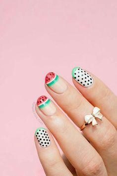 Watermelon minimal nail art, for awesome summer nails