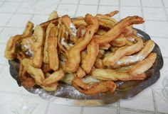 It seems like you see churros just about everywhere now a days. Little Caesars has a version of churros that is pretty close to th. Easy Churros Recipe, Salvadoran Food, Mexican Food Recipes, Ethnic Recipes, Comida Latina, Fusion Food, Portuguese Recipes, Caribbean Recipes, Latin Food