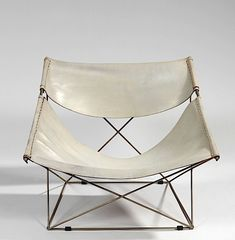 Butterfly chair by Pierre Paulin, 1963 Pretty Things, Home Furniture, Furniture Design, Outdoor Furniture, Pierre Paulin, Modernisme, Chaise Vintage, D House, Butterfly Chair
