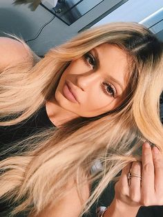 Tyga and Kylie Jenner engaged: see her sparkling diamond ring. Tyga and Kylie Jenner are engaged after trying to keep different things clandestine for awhile, Dark Ombre Hair, Dark Hair, Blonde Hair With Dark Roots, Grey Hair, Nails Kylie Jenner, Kylie Jenner Ombre Hair, Kylie Hair, Cheap Human Hair Wigs, New Hair