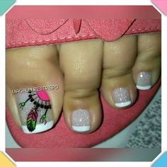 ATRAPA SUEÑOS💅 French Pedicure, Pedicure Nail Art, Toe Nail Art, Nail Spa, Acrylic Nails, Fabulous Nails, Gorgeous Nails, Karma Nails, Purple And Pink Nails