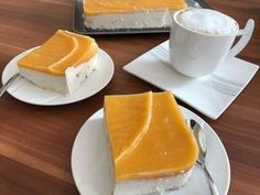 Tvarohový dort bez cukru a mouky Healthy Desserts, Raw Food Recipes, Low Carb Recipes, Sweet Recipes, Cooking Recipes, Low Carb Keto, Sweet Treats, Paleo, Food And Drink