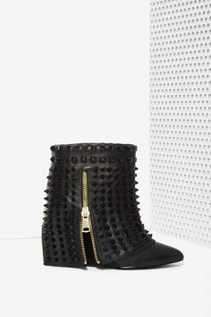 Battle Studded Leather Boots #black #studded #boots #style