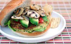 Pues estas hamburguesas veganas son tan deliciosas que te harán olvidar la carne. ¡Tienes que probarlas todas!    1. Hamburguesas veganas rápidas  Aunque esta es una receta vegetariana porque pa
