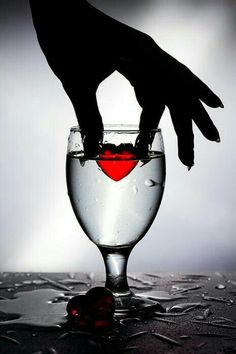 Diamond Painting Red Heart in Water Kit Black White Red, Black White Photos, Black And White Photography, Gustav Klimt, Color Splash, Color Pop, I Love Heart, Color Heart, Tiny Heart