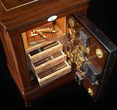 Keeping cigars secure and fresh. Cigar storage humidor.