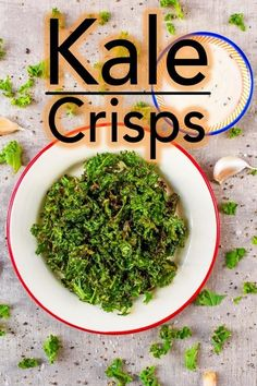 I know what you might be thinking - snacking on kale? But just give it a try and you will be wowed by this crispy salty snac. Healthy Side Dishes, Vegetable Side Dishes, Side Dish Recipes, Healthy Food, Healthy Eating, Healthy Treats, Clean Eating, Salty Snacks, Vegan Snacks