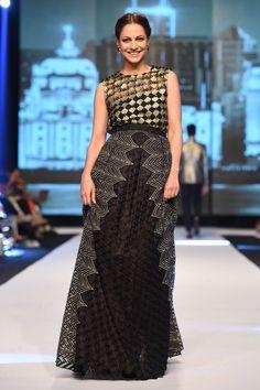 Double Layered Skirt - Faraz Manan