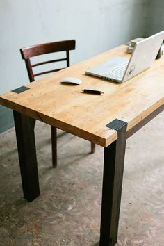 Queue d'aronde Table de travail Bureau par KithandKinStore sur Etsy