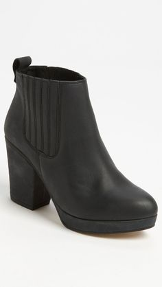 Black Topshop boots got these last year there soooo cumpfy Topshop Boots, Autumn, Fall, What To Wear, Bootie Boots, To My Daughter, Footwear, Paris, My Style
