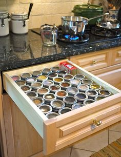 Our Guide to Cleaning Out Your Messy Spice Drawer Rosie Pixie E for Emma Is your spice drawer out of control with random bottles, bags, and boxes of spices jammed together? I used to only clean out my spice drawer when moving, but have Apartment Kitchen Organization, Spice Organization, Diy Kitchen Storage, Kitchen Cupboards, Kitchen Pantry, Diy Storage, Storage Ideas, Organized Kitchen, Smart Kitchen