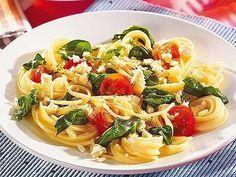 Spaghetti mit Spinat und Feta - bildderfrau.de