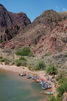 Information about why Grand Canyon 1 day float tours are so much fun for South Rim and Las Vegas travelers. Grand Canyon Rafting, Grand Canyon Arizona, Arizona Usa, Grand Canyon National Park, National Parks, Colorado Plateau, Colorado River, Rafting Tour, Kayaking