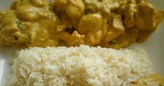 Copié esta receta de pollo al curry de mome ( http://mome-mome-cuina-mome-texas.blogspot.com/ ). Está exquisito, aunque la foto, no sé po...