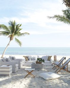 NgLp Designs shares BEACH DECOR: outdoor living room seating for a relaxing ambience set on the sandy beach Coastal Homes, Coastal Living, Coastal Decor, Beach Homes, Outdoor Spaces, Outdoor Living, Outdoor Decor, Outdoor Seating, Interior Exterior