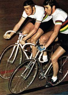 Six day style - Patrick Sercu & Eddy Merckx Track Cycling, Vintage Cycles, Second World, Champion, The Past, Cyclists, Bike Stuff, Classic, Portraits