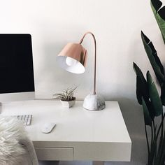 Scooped up this rose gold and genuine marble lamp yesterday for a simple workspace update! #targetdoesitagain www.liketk.it/1Ndp0