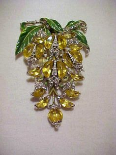 Rare Vintage Luscious Early1940's Trifari by dealerschoicejewelry