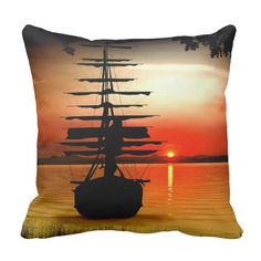 Segelschiff bei Sonnenaufgang  Kissen Throw Pillows, Sailing Ships, Sunrise, Pillows, Simple, Nice Asses, Photo Illustration, Toss Pillows, Decorative Pillows