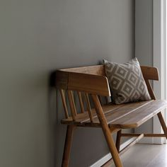 the perfect grey paint grey hall with wooden bench. Wall painted in grey moss from Little Greenegrey hall with wooden bench. Wall painted in grey moss from Little Greene Shades Of Grey Paint, Grey Paint Colors, Wall Colors, Little Greene Paint Company, Little Greene Farbe, Peinture Little Greene, Moss Paint, Grey Hall, Traditional Paint