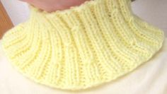 Baby Knitting Patterns Cowl Free Knitting Pattern - Cowls and Neck Warmers: Lemon Twist Cowl Baby Knitting Patterns, Loom Knitting, Free Knitting, Crochet Patterns, Cowl Patterns, Crochet Neck Warmer, Crochet Coat, Knitting Accessories, Knitted Hats