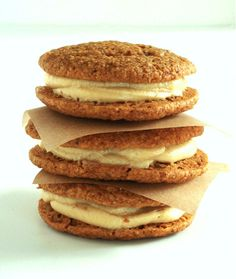 recipe: pumpkin whoopie pies