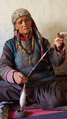 srinagar buddhist singles Wonders of ladakh srinagar - kargil it belongs to the gelugpa sect of tibetan buddhism twin sharing/ triple / single sharing accommodation at all places in.