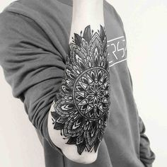 Resultado de imagen de mandala men tattoo