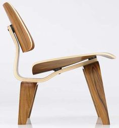 Nice view of a Eames molded plywood chair Bespoke Furniture, Furniture Design, Plywood Chair, Modern Chairs, Chair Design, Eames, Home Furnishings, Cool Designs, Interior Design