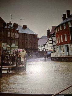 Frankwell floods, January 1968. Shrewsbury, Shropshire Shrewsbury England, Shrewsbury Shropshire, 26 November, Medieval Town, Public Service, Britain, People, Photos, Pictures