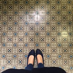 Don't It Make My Brown Eyes Blue. #amazingfloorsandwanderingfeet#ihavethisthingwithtiles#ihavethisthingwithfloors#ihaveathingwithfloors#carrelage#design#fromwhereistand#igers#instagood#jj#lookyfeets#lookingdown#pattern#singaporegypsy#selfeet#shoefie#tiles#tileaddiction#tiletuesday#viewfromthetop#chanel#paris#shoespaper#KeepInstagramChronological by singaporegypsy