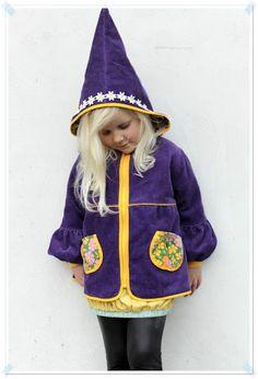 I Soooooo would have worn this as a kid! :)