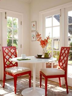 Red Sofia Lacquered Chairs in this cheerful dining nook! By Nina Petronzio Interior Design Style At Home, Sweet Home, Diy Casa, Little Corner, My Dream Home, Home Projects, Decor Styles, New Homes, House Design