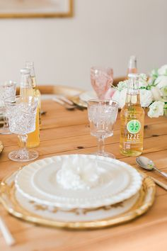 Rules for wedding toast etiquette on LaurenConrad.com
