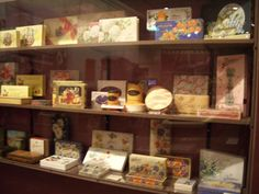 Vintage Ringers chocolate boxes