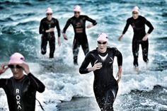 500 Meter Schwimmen, 20 Kilometer Radfahren, 5 Kilometer Laufen: Die Sprintdistanz ist mit unserem Triathlon Trainingsplan für jeden Einsteiger machbar.