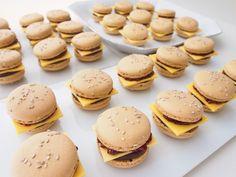 Cheeseburger macaron