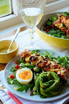 Grilled Salmon Skewers with Fresh Salad, Avocado and Lemon Garlic Dressing Raspberry Syrup Recipes, Salmon Skewers, Lemon Salmon, Grilled Salmon, Salmon Recipes, Recipe Box, Cobb Salad, Grilling, Garlic