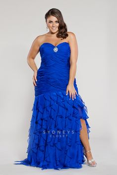 90cba5062b3 Featured in  Seventeenmagazine this plus size dress is perfect for  prom.  You