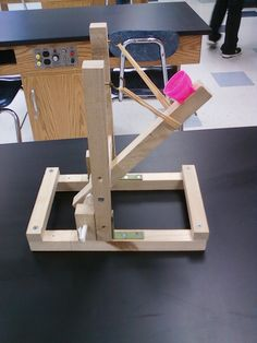 Physics building catapults to build list pinterest physics catapult project google search more solutioingenieria