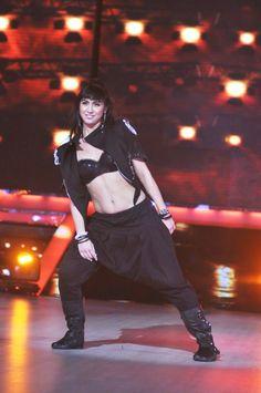 Lauren Gottlieb Heram Pants, Dance Legend, Lauren, Bollywood Actors, Deepika Padukone, Navel, Scarlett Johansson, Dancers, Warriors