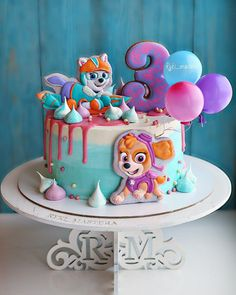 Torta de paw patrol para nias paw patrol is on a roll and these themed cakes are ready for action birthday party action! Girls Paw Patrol Cake, Bolo Do Paw Patrol, Skye Paw Patrol Cake, Torta Paw Patrol, Paw Patrol Birthday Girl, Paw Patrol Party, Paw Patrol Cupcakes, Special Birthday Cakes, 4th Birthday Cakes