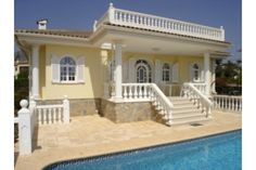 Luxury Villa is located in La Nucia its consists of One Bedroom and One Bathroom.