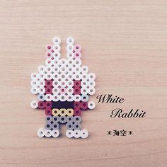 White Rabbit - Alice perler beads by kaisora0_0