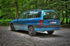 AU NEU !! Opel Astra Caravan Kombi 1,6 16V Club Sport   eBay