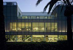 Gallery of Public Library and Socio-Cultural Center / Singular Studio - 10