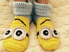 Crochet minion slippers